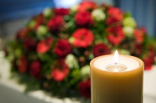 Comment faire livrer des fleurs pour un enterrement ?