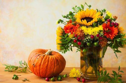 Ma déco d'automne idéale : des fleurs dans toute la maison !
