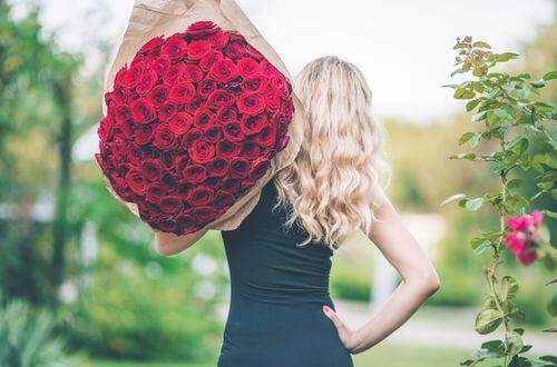 Quel bouquet de fleurs choisir pour déclarer votre amour ?