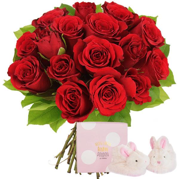 Cadeaux Naissance 15 ROSES ROUGES + CHAUSSON ROSE LAPIN
