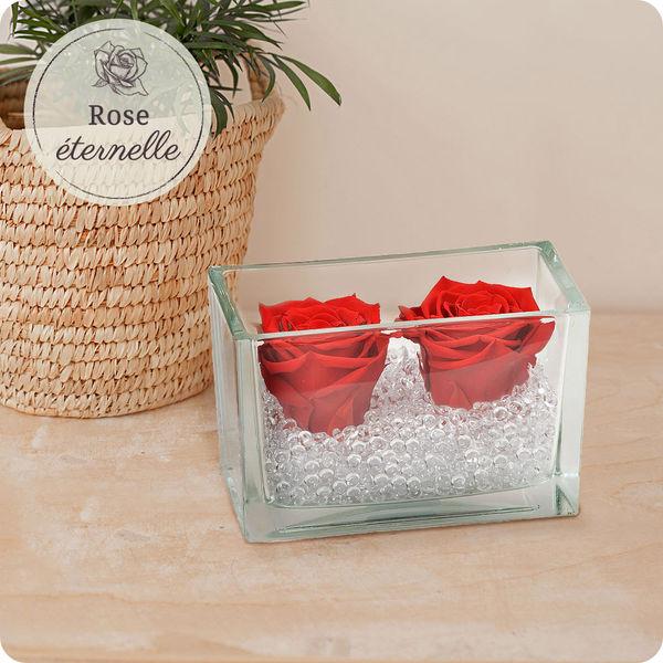Bouquet de roses ROSE ETERNELLE ROUGE + POT EN VERRE RECTANGULAIRE