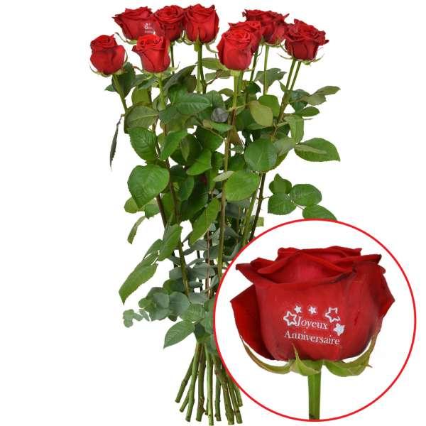 Bouquet de roses 11 + 1 ROSE MARQUEE JOYEUX ANNIVERSAIRE 60CM