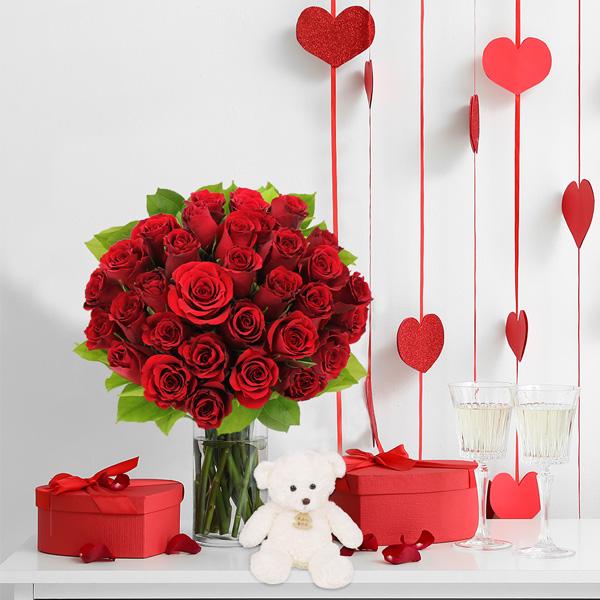 Cadeaux insolites 30 ROSES ROUGES + OURSON BLANC