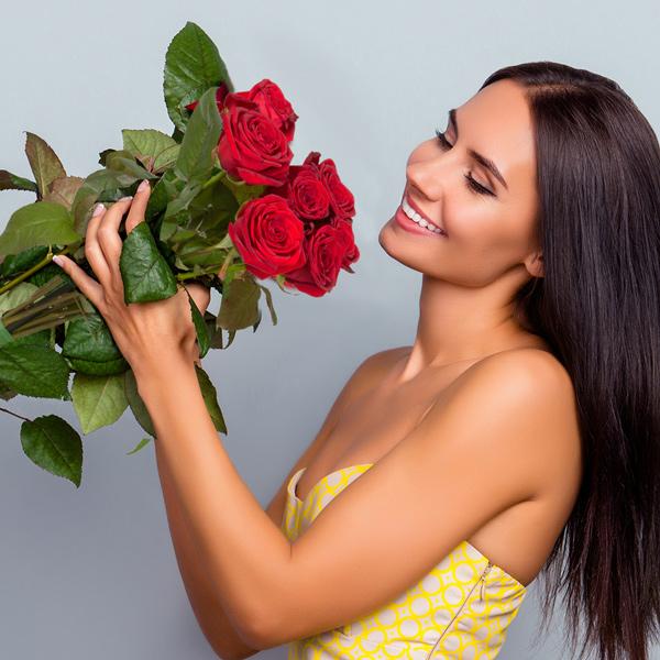 Bouquet de roses 7 GRANDES ROSES ROUGES