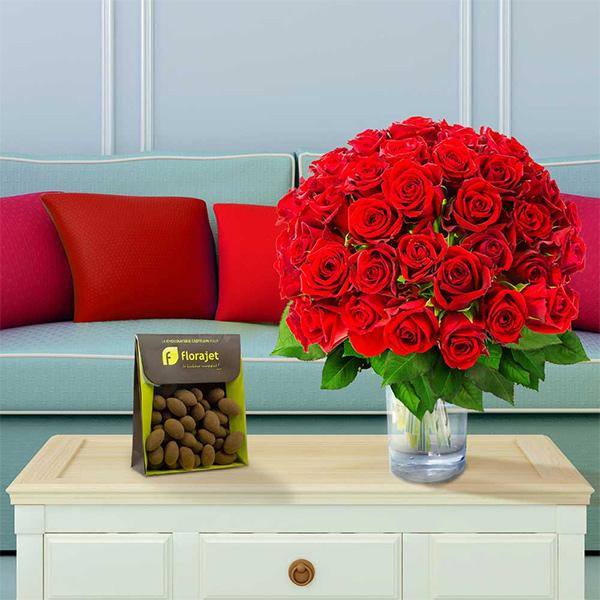Cadeaux Gourmands 60 ROSES ROUGES + AMANDES CACAOTEES