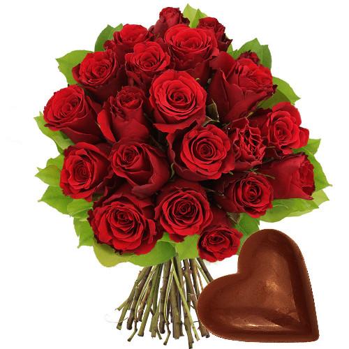 Cadeaux Gourmands 20 ROSES ROUGES + COEUR EN CHOCOLAT